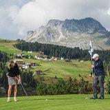 Golfen in Lech am Arlberg - ©Lech Zürs | Christoph Schoech