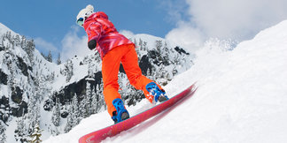 Elevate your Ski Trip: 3 Days Exploring Snoqualmie - ©Jeff Caven/Summit at Snoqualmie