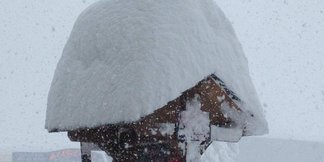 Des mètres de neige fraîche dans les Pyrénées