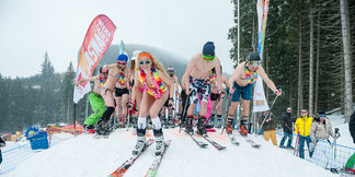 Bilderserie: Bikini-Skiing in Jasna (SK)