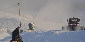 Siste dag før åpning, det jobbes på spreng... - ©Valdres Alpinsenter