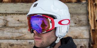 Im Test: Oakley MOD 5 Helm und Keyhole 2L Gore BZD Jacket - ©Skiinfo
