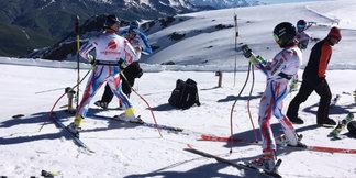 Excellentes conditions de neige sur le glacier des 2 Alpes - ©France 3 Alpes
