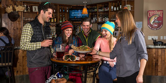 Three Perfect Aprés Spots - ©Powederhorn Lodge
