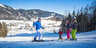 Günstige Skigebiete: Für weniger als 20 Euro am Tag viel Skivergnügen erleben - ©Tirolina