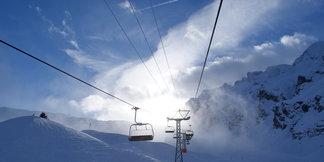 Skifahren mit Blick auf Rhein und Bodensee: Das Skigebiet am Pizol - ©Gernot Schweigkofler