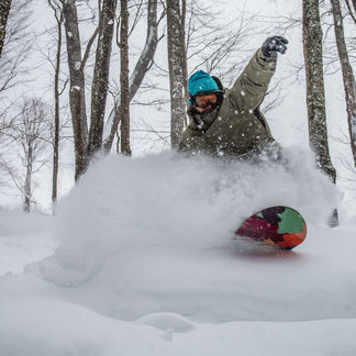 Winterstorm Jonas Buries the Mid-Atlantic - ©Kurtis Schachner/ Snowshoe Mountain Resort