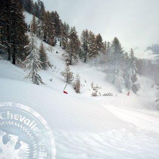 Snow, snow everywhere in French Alps Nov. 13, 2016 - ©Serre Chevalier