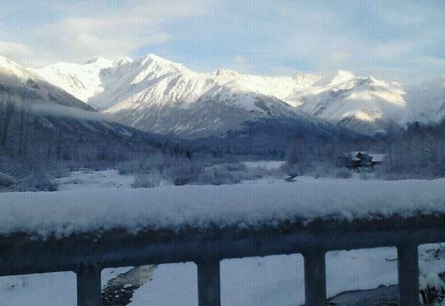 47hrs 8min 'till Alyeska opens. Great week of snow, should a great opening day!!