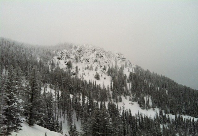 oh snowbowl. i dont care what anyone says i love you. if u know what to excecpt then you ll never be disapointed.