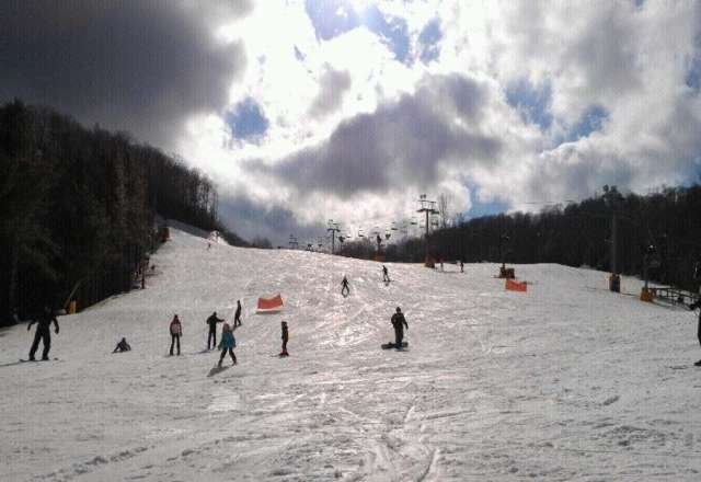 Good day on monday. No crowds. Some places icy and slushy.