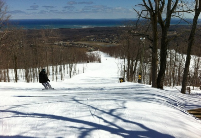 wed @ noon - north lift & hills - closed. south lift & hills - closed. park chair - closed (park is open though).  the remaining hills that are open are actually in pretty good shape. better than expected. groomed granular trails, no ruts or soft spots. odd icy patch, but not many.