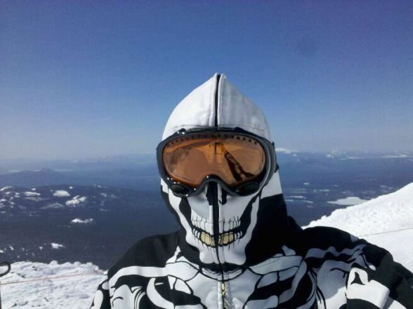 skeletor on the summit!