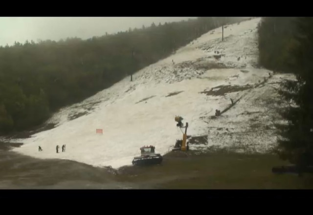 laat day this season! free skiing and new snow