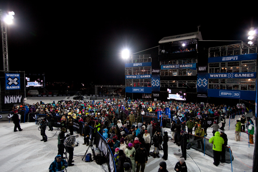The crowd gathers around the bottom of the Superpipe to cheer on the athletes and watch the action. Photo by Sasha Coben