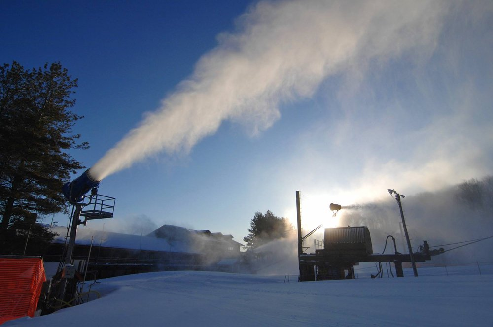 Sun guns and blue skies at Appalachian Ski Mountain. - ©Appalachian Mountain