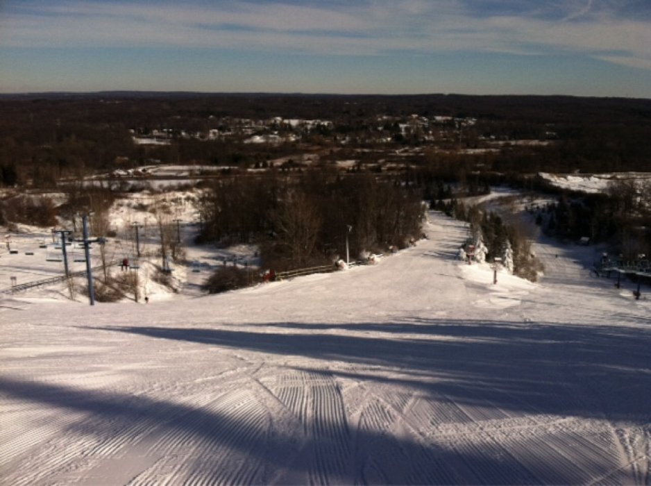 Today was pretty much as perfect as Mt. Holly can get. Skied the morning and had the whole place to myself till about 4pm when high school teams showed up.