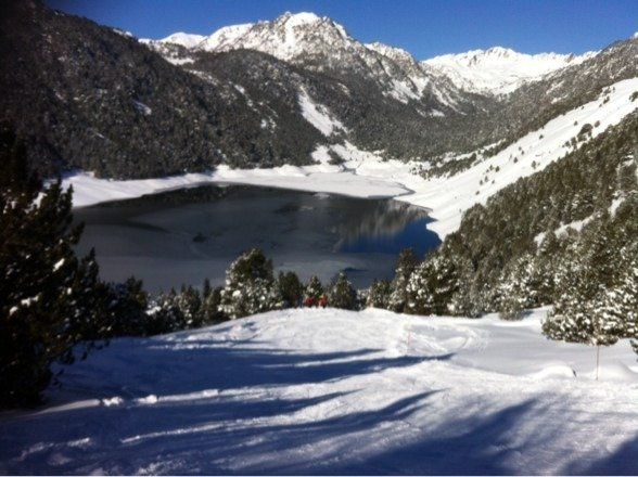 Great snow over the last few days.   This is shot of the lake heading down to a mountain restaurant.