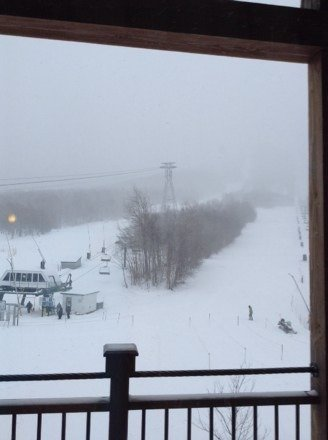 great conditions snowing right now and it looks like its gonna bbe great! :)