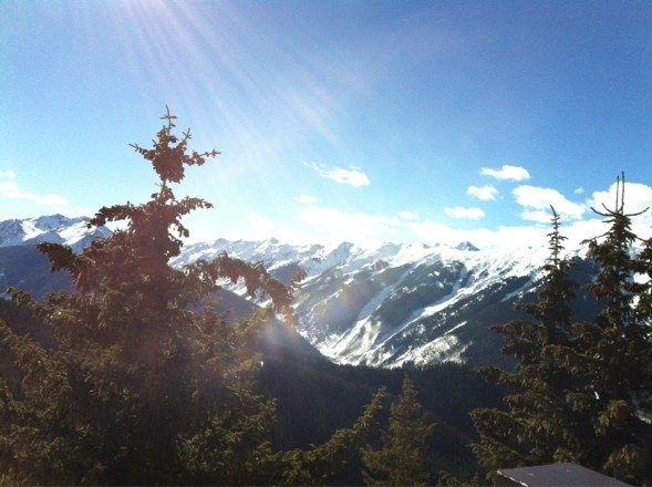 Good skiing good vibe Australia Day!