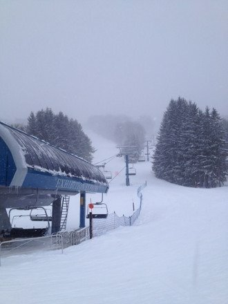 Powder bands moving through all day. Great conditions