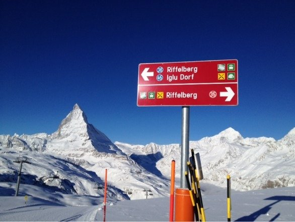Sun making for good piste conditions most of the day. No wind on Gornergrat or Rothorn. Good top to bottom.