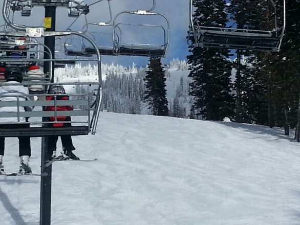Snowed overnight, and a little more this afternoon. Blue skies and great conditions.