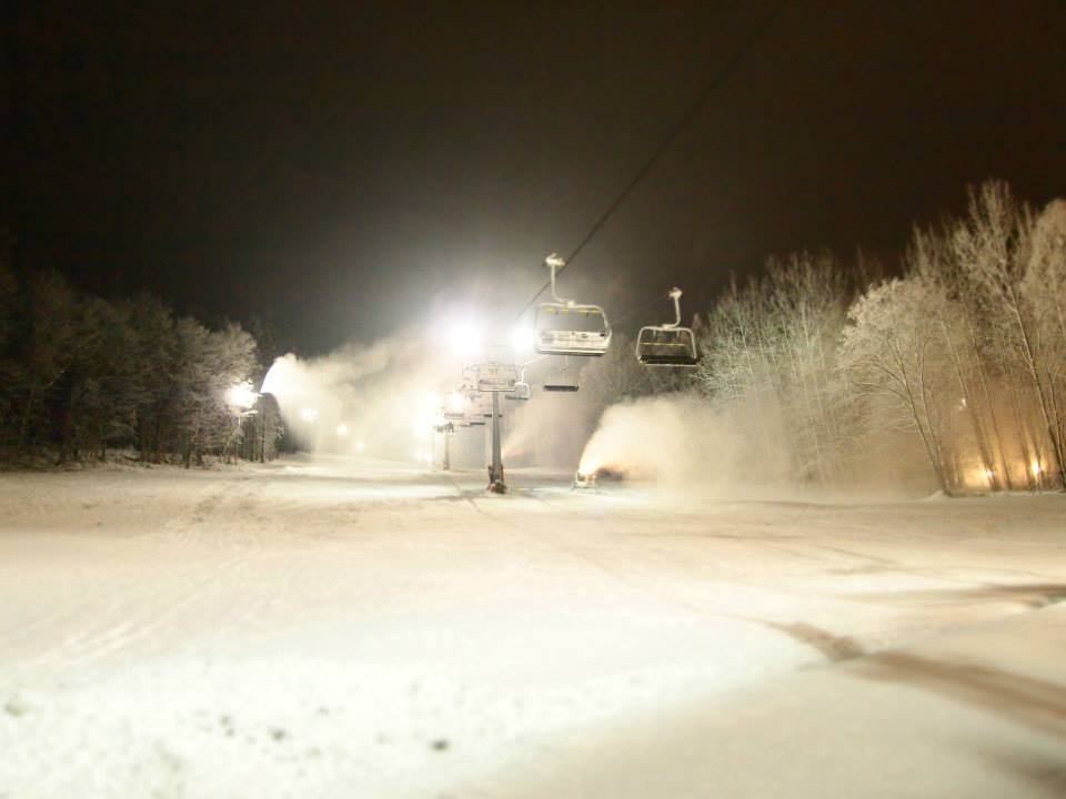 Ski Karlov - night skiing