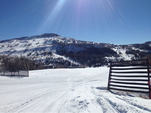Went today after the storm to see how everything was. Excellent coverage and still a lot of powder stashes.