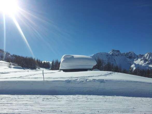 Sciato sabato 1 marzo peccato per il tempo nevicava ancora ma la neve è tantissima andrebbero battute meglio