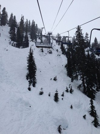 I'll come back here before end of season. The runs are long and wide, love it. Too bad chair 6 and 8 are closed today.