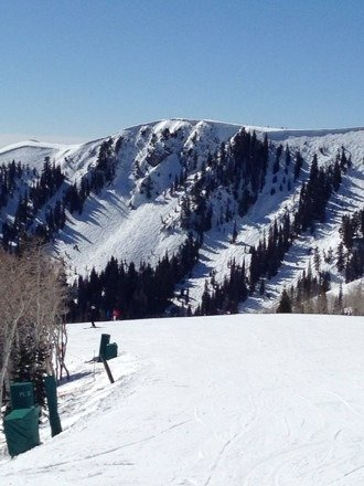 Fantastic day at DV! Lower quarter of mountain is slushy, but rest of mountain is in great shape considering the weather. No ice, excellent grooming, and natural trails/bowls were a blast. Thin areas were marked and conditions easily surpassed our expectations. Superb spring skiing!
