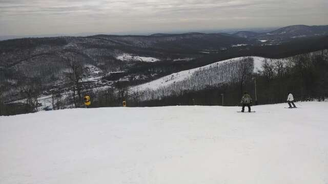 Good snow for the middle of March at whitetail. No crowd at all.