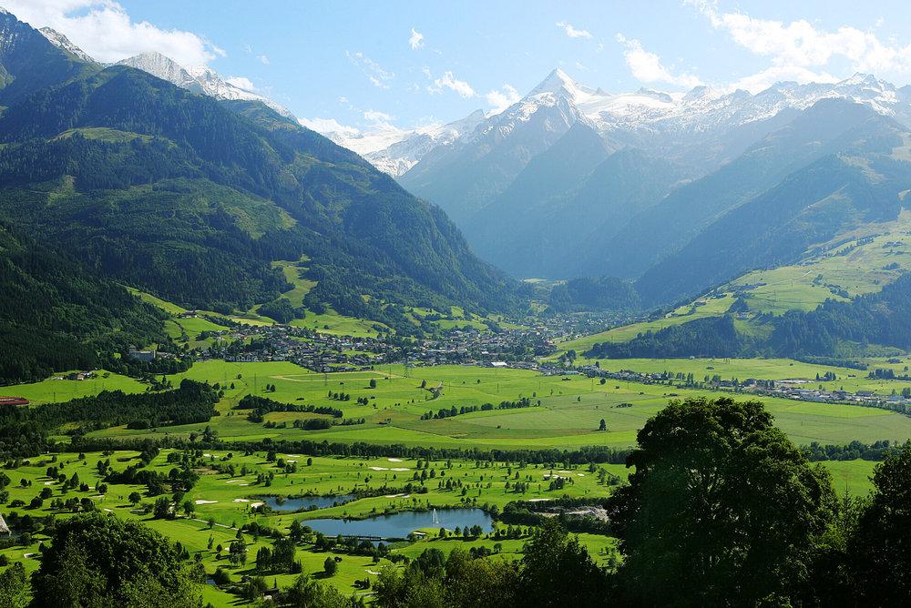 The stunning mountain panorama of Kaprun in summer