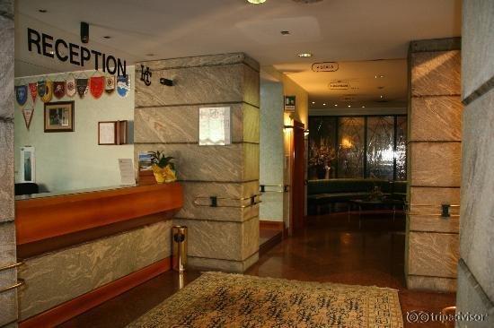 Hotel Cesari