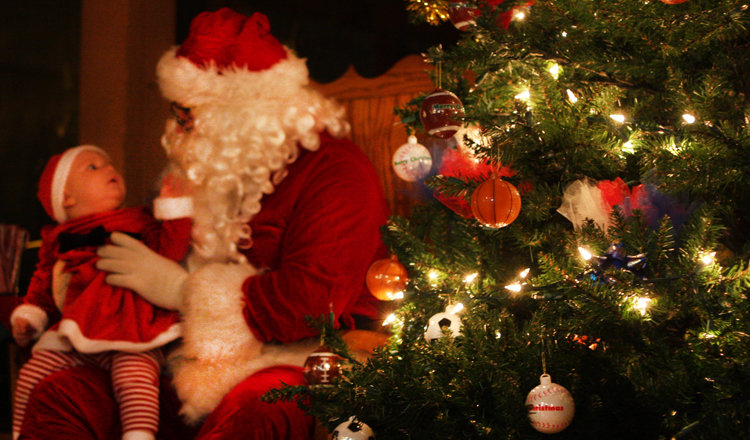 Join Santa as we celebrate the season of giving! - ©Shanty Creek Resorts