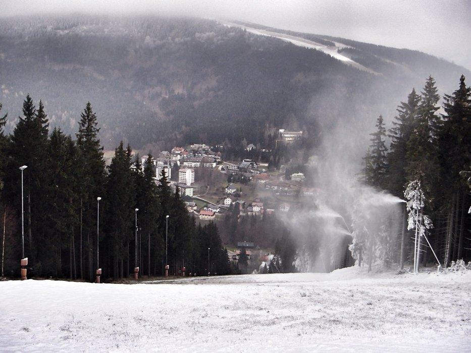 Artifical snow in Spindleruv Mlyn (Nov 28.2014)