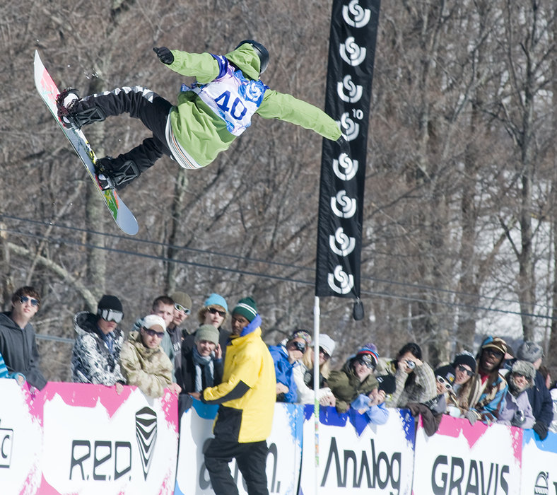 Peetu Piiroinen coming second in Men's Half-pipe, Burton US Open 2009, Stratton