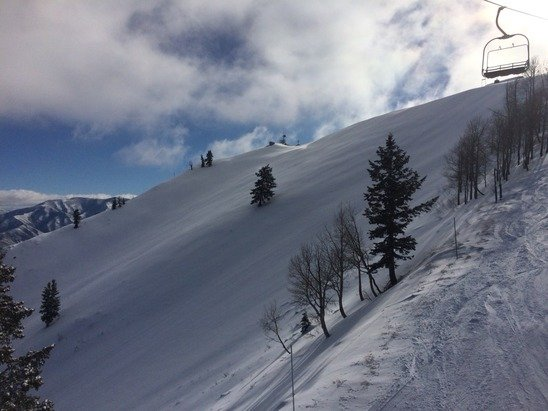 Conditions have really improved and Bishops bowl opened today.  I love skiing Sundance.