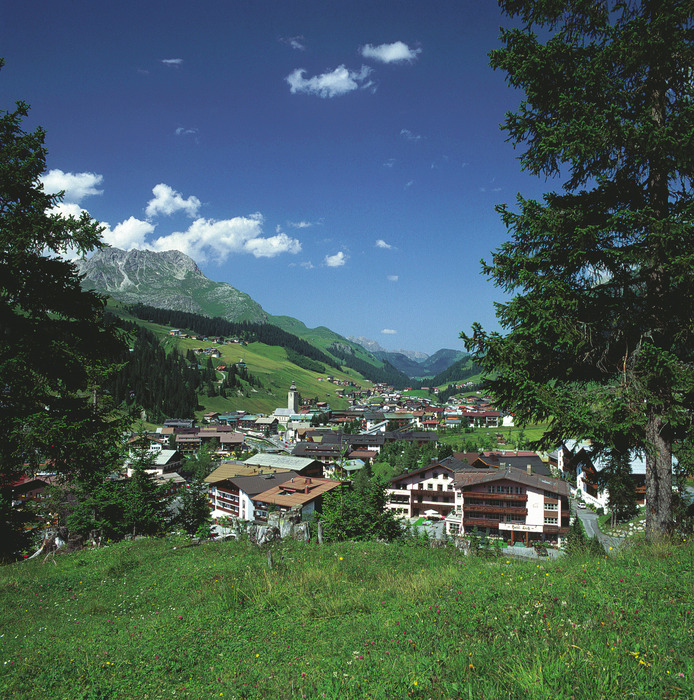 Lech-Zuers village streets in summer