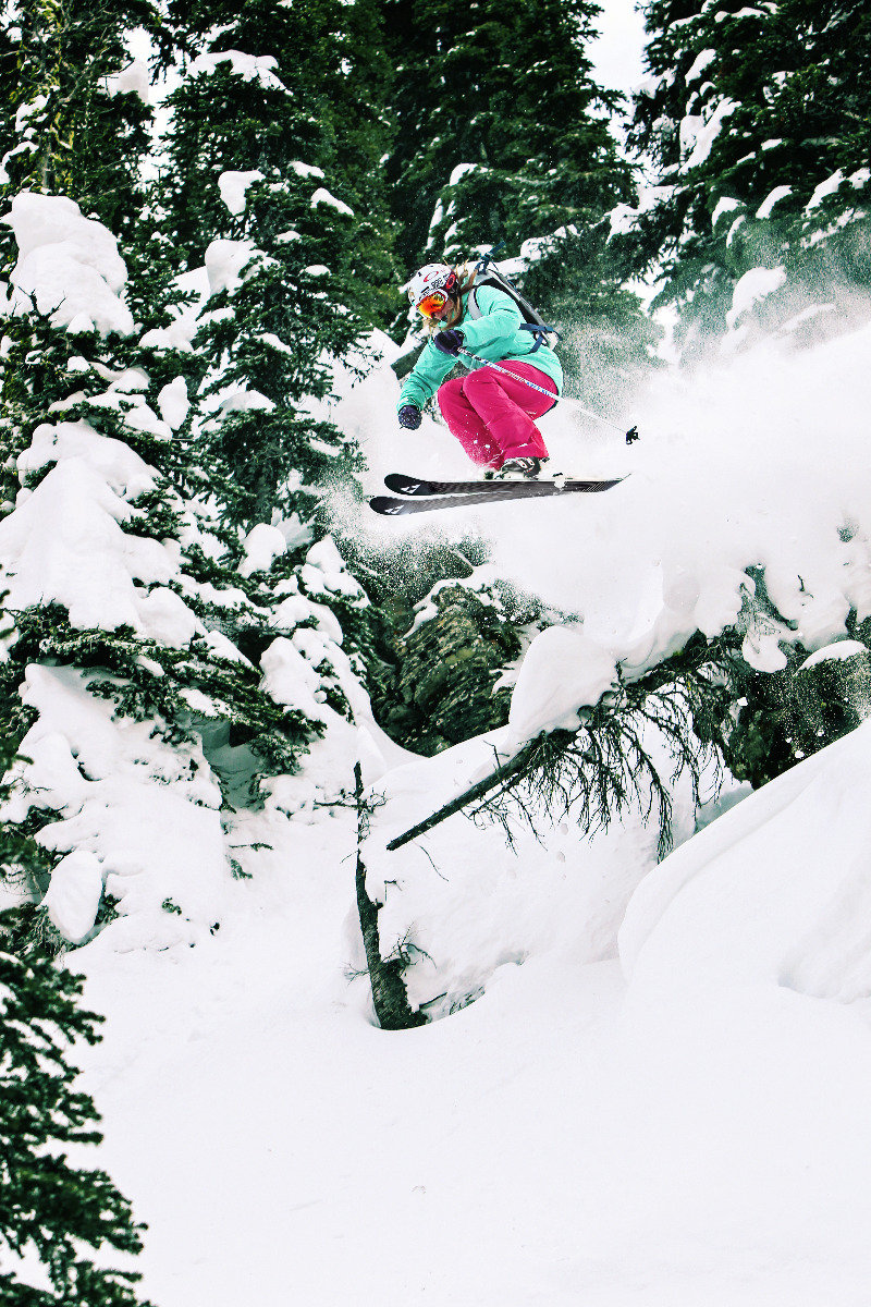 Girls Skiing! - ©Matt Berkowitz
