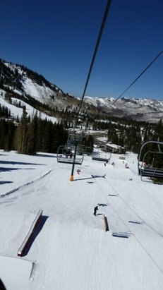 Brighton Resort - for no snow it was great, slush only on the life getting on - ©mikenshari01