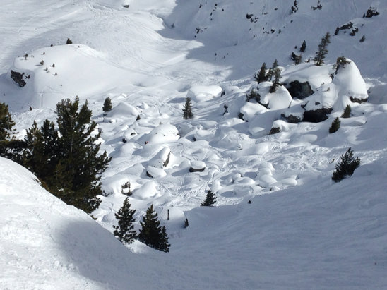 Verbier - Sweet pockets of powder. From last Sunday.  - ©madbrit
