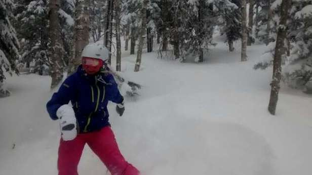 Sugarloaf - awesome day at the Loaf, fresh tracks all day. 8+ and its still snowing - ©jdurant127
