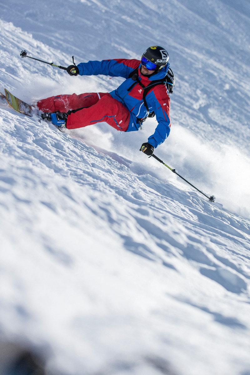 Dynamisch: Jochen Reiser von der Snowacademy - ©Christoph Jorda   www.christophjorda.com
