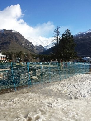 Bardonecchia - Quiet pistes but in bad condition especially low down on runs into resort. - ©Bruceybonus