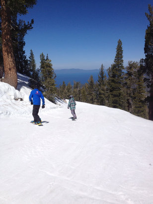 Heavenly Mountain Resort - Rode 4/4, actually had a good time on NV side.  Conditions better than expected.  Nobody there.  Should be a little better week of 4/6 with snow now heavily falling in north shore 4/7 1PM, hopefully to hit south shore. - ©rk