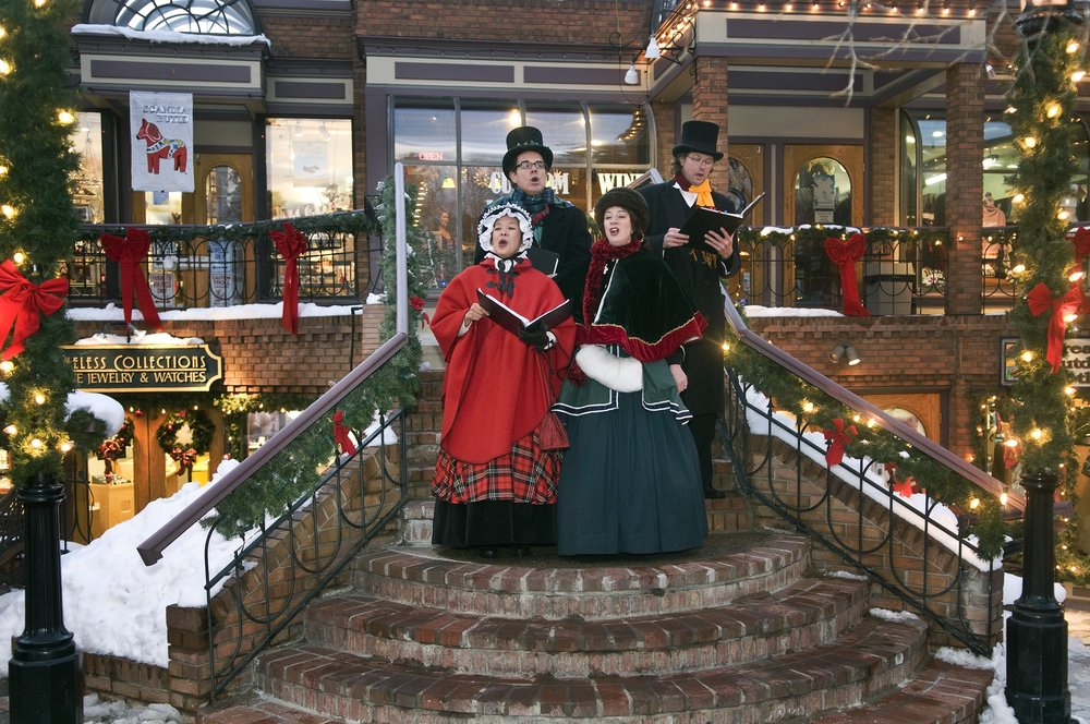 Holiday carolers in Breckenridge, CO. Image by Carl Scofield.