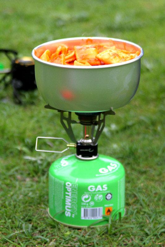 kocher test 2012 essen kochen mit gasbrenner von edelrid bergleben. Black Bedroom Furniture Sets. Home Design Ideas