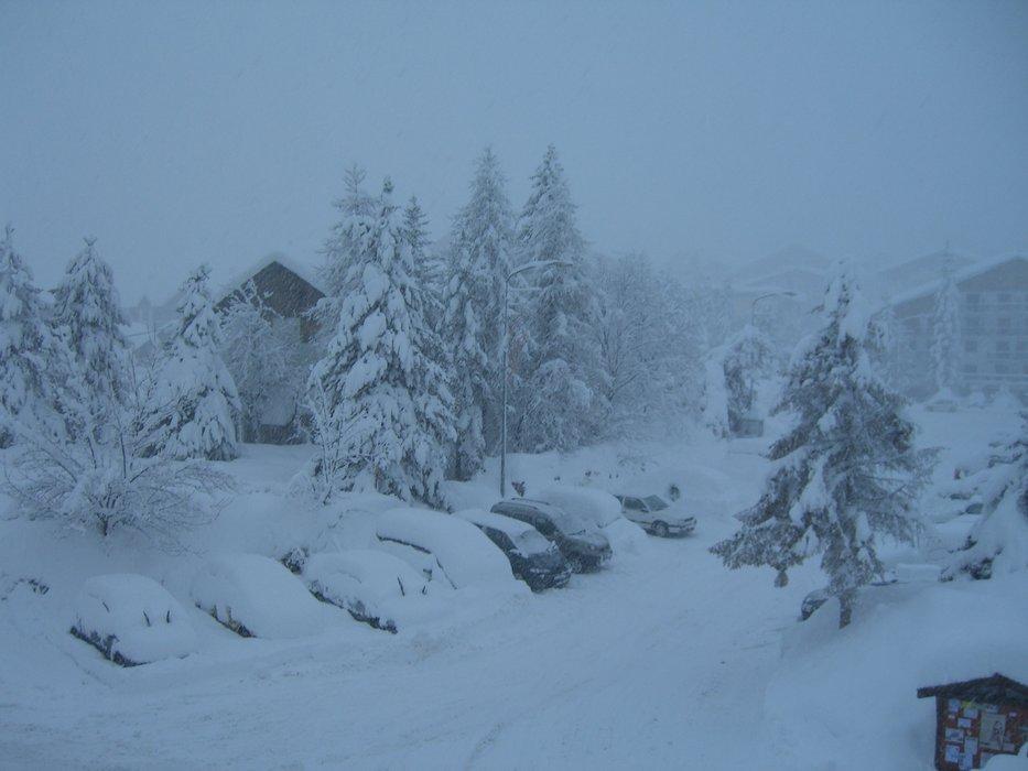 Snowy Auron - ©Jenny Cruse | Jennycruse @ Skiinfo Lounge